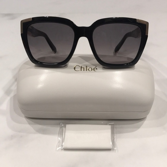 2687d427228 BNWT Authentic Chloe Sunglasses With Case   Cloth